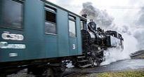 Tisovská para roztlačila historický vláčik po ozubnicovej trati