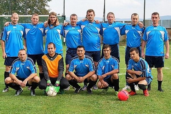 V Baníku Rakovnica majú aktívnych futbalistov vo veku od 41 rokov po šestnásť
