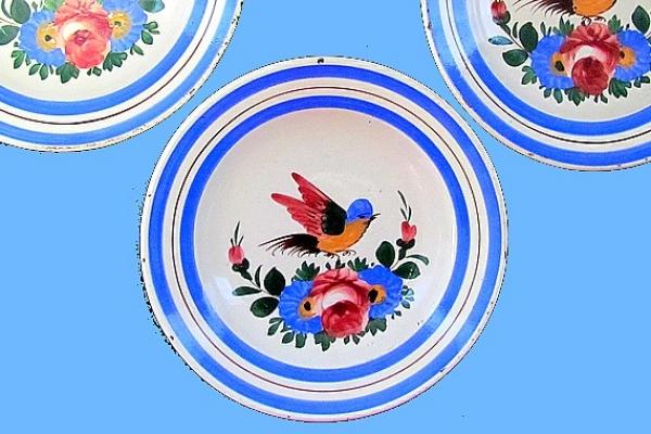 Taniere smotívom vtáčika z muránskej manufaktúry