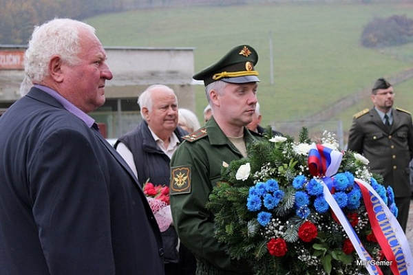 Pripomenuli si fašistickú tragédiu v Čiernom Potoku